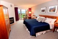 Vintner's Select Guestroom-InnatGlenoraWineCellars-609x412